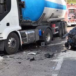 Incidente sul curvone di Calco  Ottantenne muore in ospedale