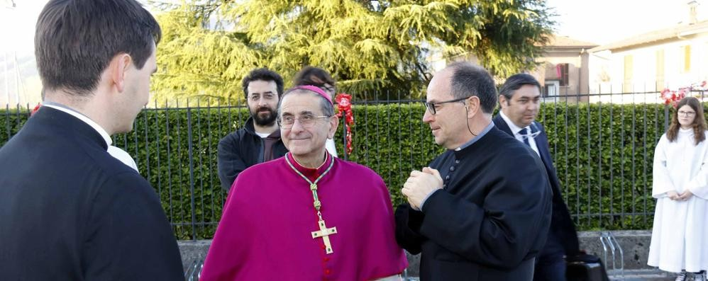 Monsignor Delpini esorta i fedeli   «Siate una comunità coraggiosa»