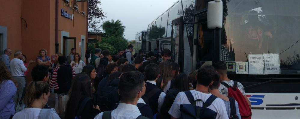 Ponte, la beffa dei bus navetta  «Pronti solo da metà aprile»