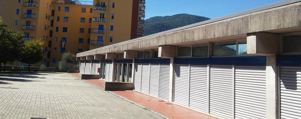 """Piove dal tetto della scuola """"Pertini""""  Da Roma arrivano centomila euro"""