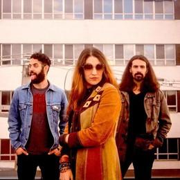 La donna che spodestò Bono  A Cantù Lee-la Baum e la sua band
