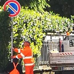 Oggiono, divieti in via Montegrappa «Parcheggeremo in mezzo alla strada»