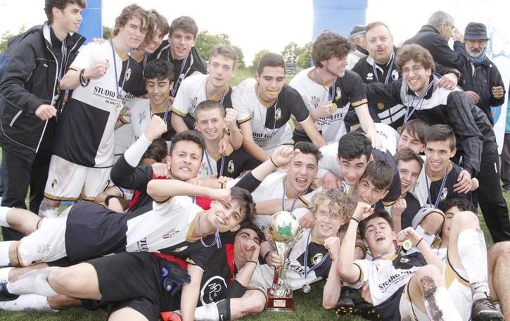 Allievi 2002 campioni regionali  Fase nazionale con le migliori
