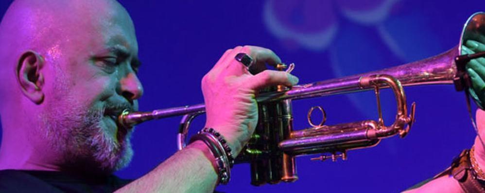 Boltro guida un trio di talenti  Grande jazz sul palco dell'Officina