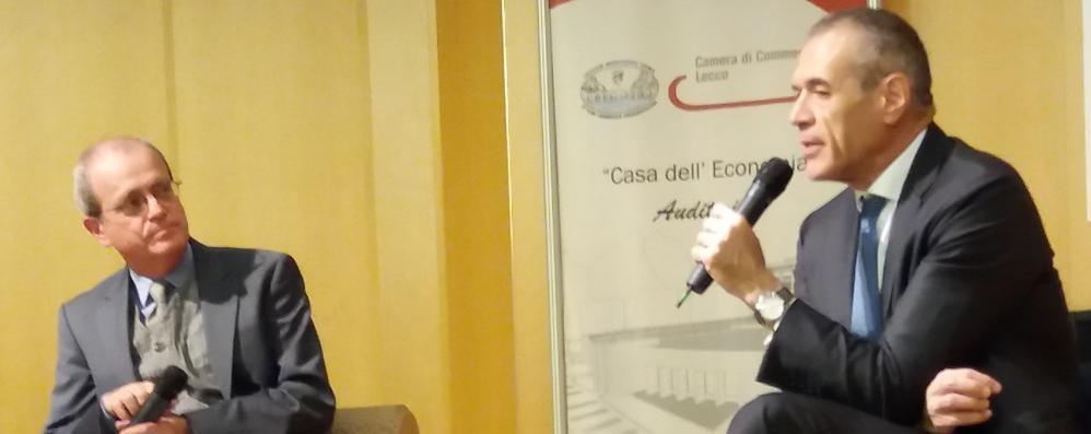Lecco. «Salvini è a un bivio  stop su flat tax o lite con l'Ue»