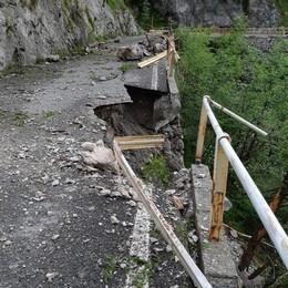 Frana a Morterone  Bloccata la Sp 63