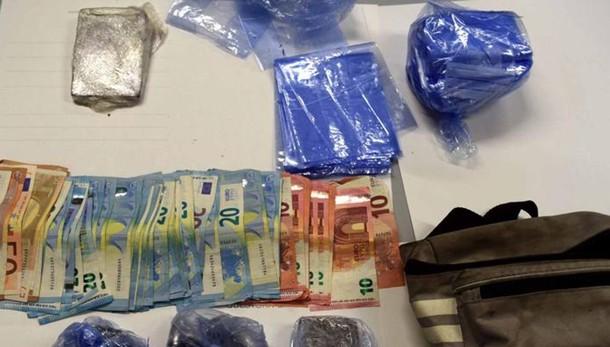 Nibionno, blitz della polizia nel bosco  Sequestrate eroina, cocaina e hascisc