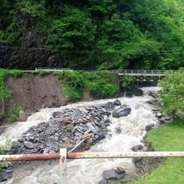 """Sp 67, il ponte sul Varroncello  è vietato ai """"bisonti"""""""