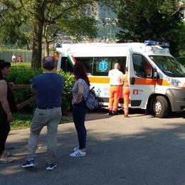Malore mentre nuota a Bosisio  Ragazzino grave all'ospedale