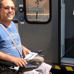 «C'è un gradino, per me il treno è vietato  E anche la sala d'attesa è inaccessibile»