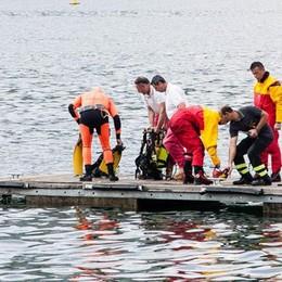 «Basta tragedie nel lago  Nuovi lidi per tuffi in sicurezza»