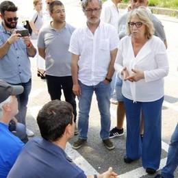 Valmadrera: aiuto ai lavoratori Husqvarna «Tariffe agevolate per tutti i servizi»