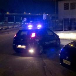 L'accusa: sequestro di persone e rapina  Indagini sugli strani affari di famiglia