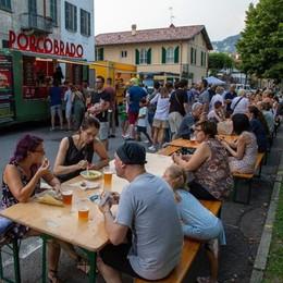 Lungofiume e street food  Commercianti contro il sindaco