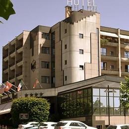 Erba, assunzioni estive  nell'albergo erbese  Si presentano in 5