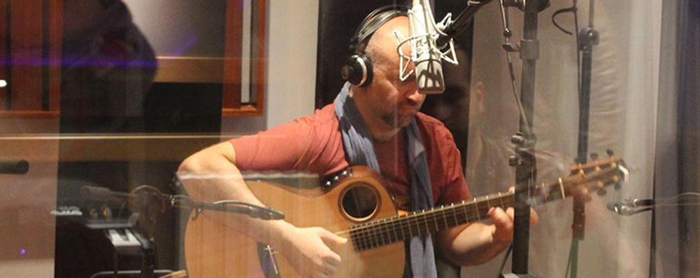 Da oggi chitarra protagonista  Il trio di Cosentino e Andrea Mele