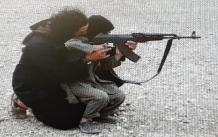 """I figli in addestramento    Così l'amico dalla Siria arruolò il """"pugile"""" nell'Isis"""