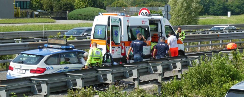 Garbagnate , Incidente sulla Ss36  Grave motociclista , traffico deviato