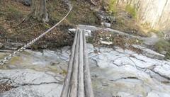 Ballabio «L'Anello dei sentieri è  malfatto»  Gli alpini non fanno più manutenzione