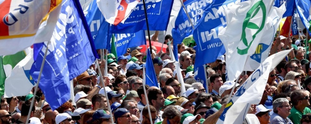 La Lega si prepara per Pontida  Sarà il raduno dei record  «Previste 70mila presenze»