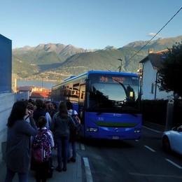 Scuolabus e automobili, basta caos  Cambia la viabilità al nuovo Campus