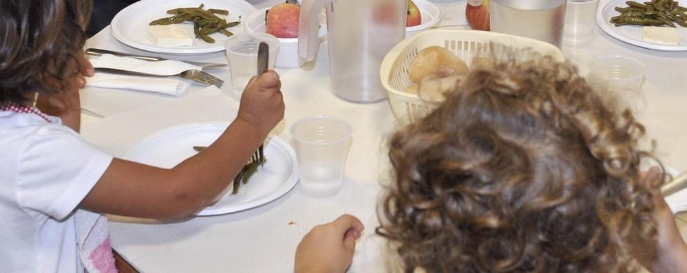 Abbadia, la mensa costa di più  I genitori protestano dal sindaco