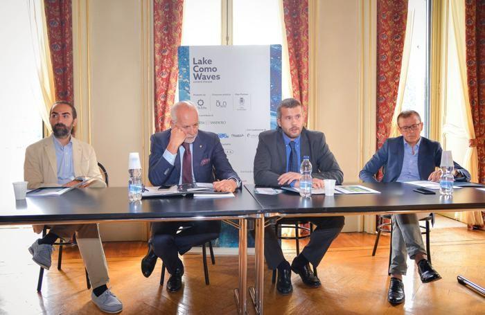 Cernobbio: da  sinistra Andrea Corti di OLO Creative Farm, Filippo Arcioni, il sindaco Matteo Monti, Gianluigi Venturini di Intesa Sanpaolo
