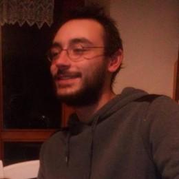 Bellano, Andrea Vitali apre un'edicola   Ma è il nipote del celebre scrittore