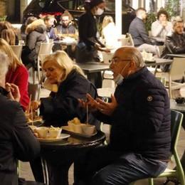 La Lombardia al governo  «Coprifuoco dalle 23 alle 5»