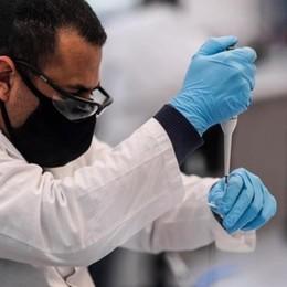 Covid: vaccino di Oxford  Forte risposta immunitaria  riscontrata negli anziani