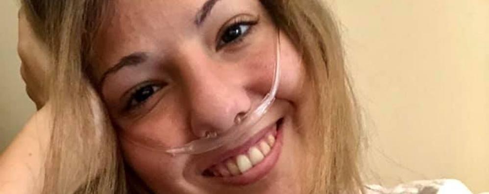Muore a 23 anni   di fibrosi cistica