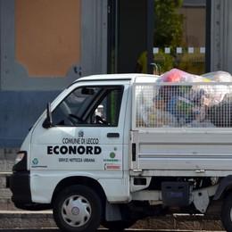 Oggionese: sacco rosso   calano i rifiuti indifferenziati