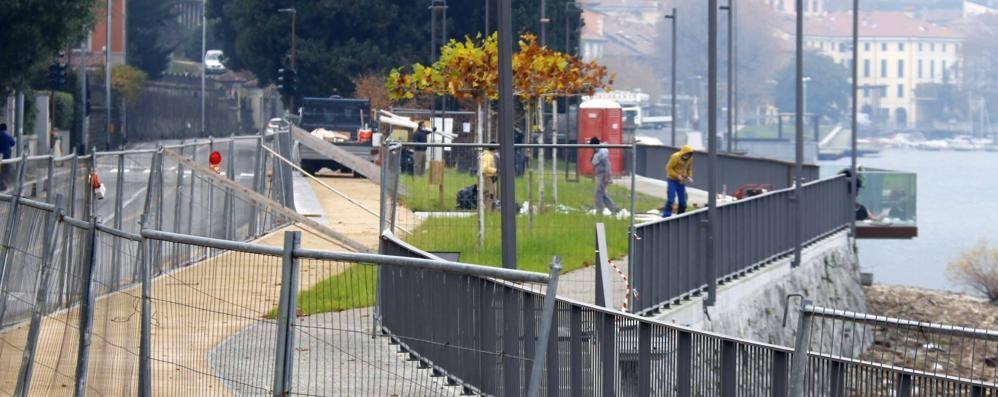 Malgrate, Operai in quarantena  Il lungolago in ritardo, slitta l'inaugurazione