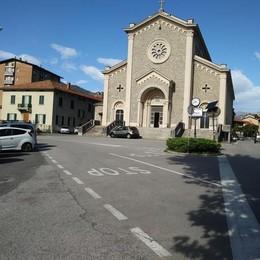 Mandello, Dieci mesi per la nuova piazza  Iniziano i lavori in zona  Sacro Cuore