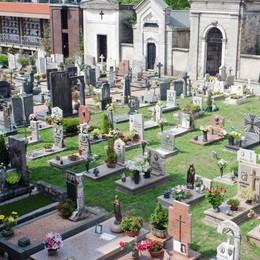 Molestatore del cimitero  Interviene il sindaco