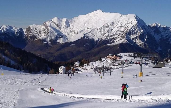 Sciare costerà meno  dopo il lockdown