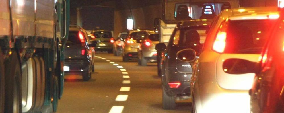 Lecco, doppio incidente sulla SS 36  Traffico bloccato al Bione verso sud