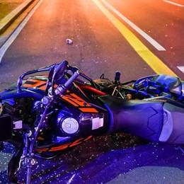 Incidente con la moto a Como  Paura in viale Spallino