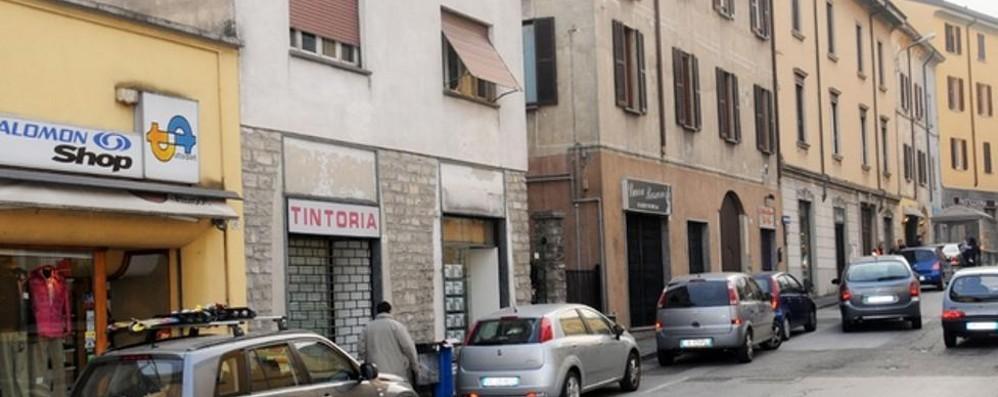 Valmadrera, il Comune aiuta i negozi  Sconti su Imu e Tari per chi li apre