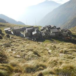Premana, cade all'alpe Deleguaggio  Grave  giovane escursionista del paese