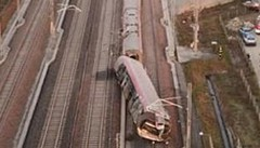 Ponti e treni:  non solo fatalità