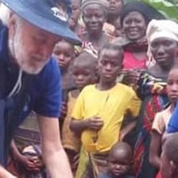 Volontario bloccato in Tanzania  «Italiano? Non c'è un letto»
