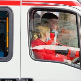 «Io, soccorritrice, porto via i malati  Quanta angoscia tra i loro familiari»