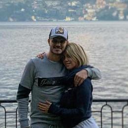 La famiglia di Mauro Icardi  vola da Parigi a Brienno  «Adesso siamo a casa»