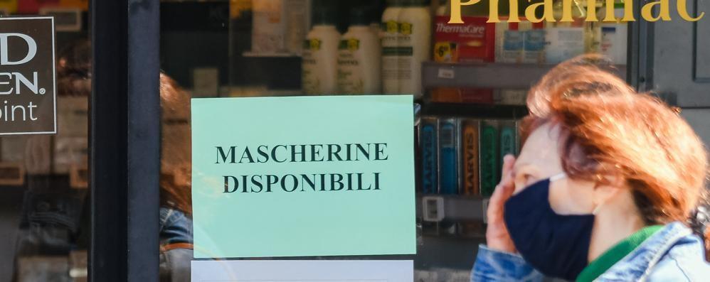 Lecco. «Le mascherine  a 50 centesimi finiranno presto»