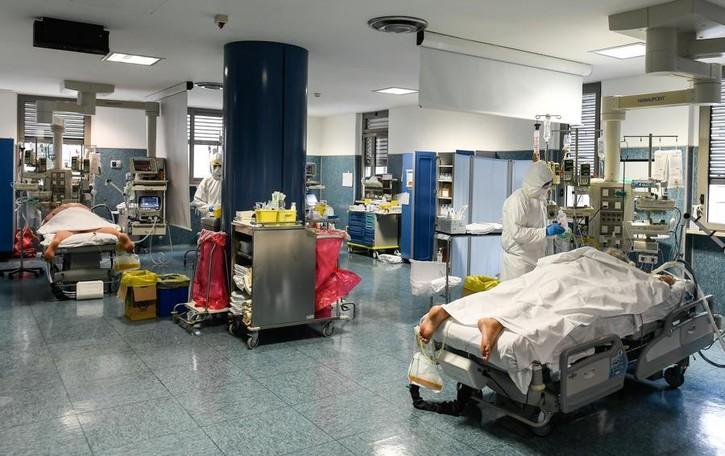 Coronavirus, la rivolta di Erba  Ospedale e Comune accusano