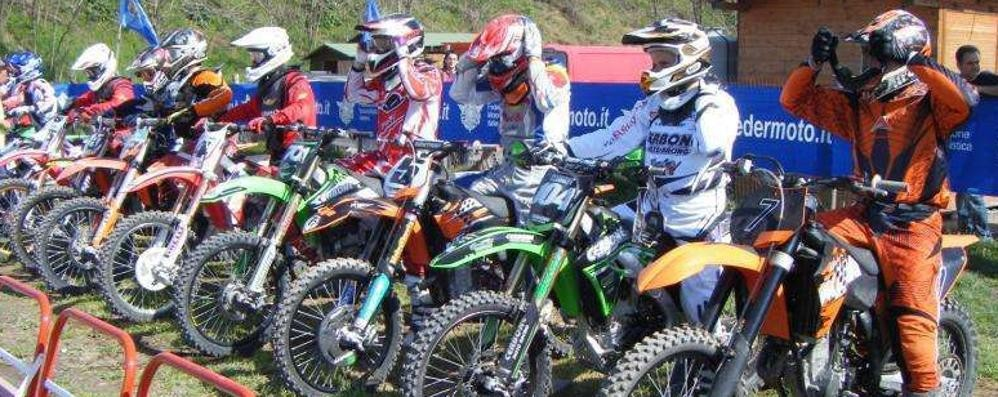 Motocross, enduro e trial   chiedono strada