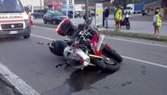 Mandello, scontro fra due moto   Quattro giovani coinvolti, due gravi