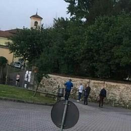 Molteno,  a Villa Rosa festa per la Fase 2  Polemica per il party dei sindaci