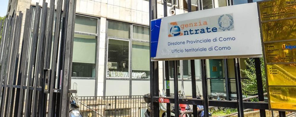 Tangentopoli del fisco Altri quattordici arresti a Como  In cella una commercialista   e un funzionario dell'Agenzia